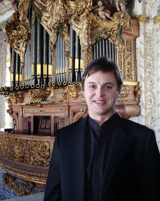 Maestro Paulo Bernardino